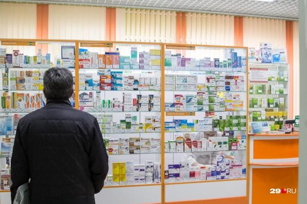 Маски оказались только в аптеке «Премиум» и одной точке сети «Живика»