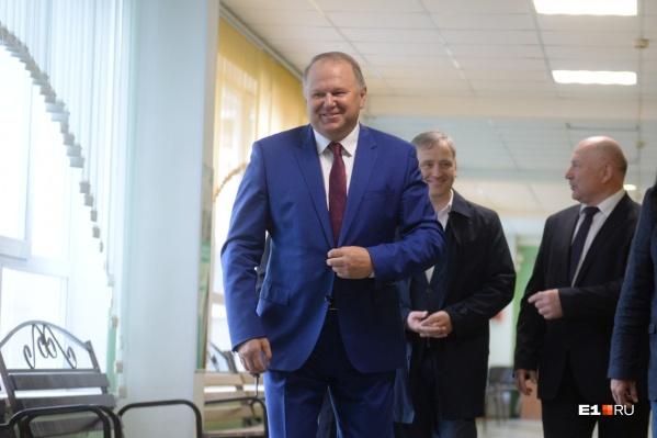 Николай Цуканов заявил, что публичных конфликтов вокруг власти в Екатеринбурге стало меньше