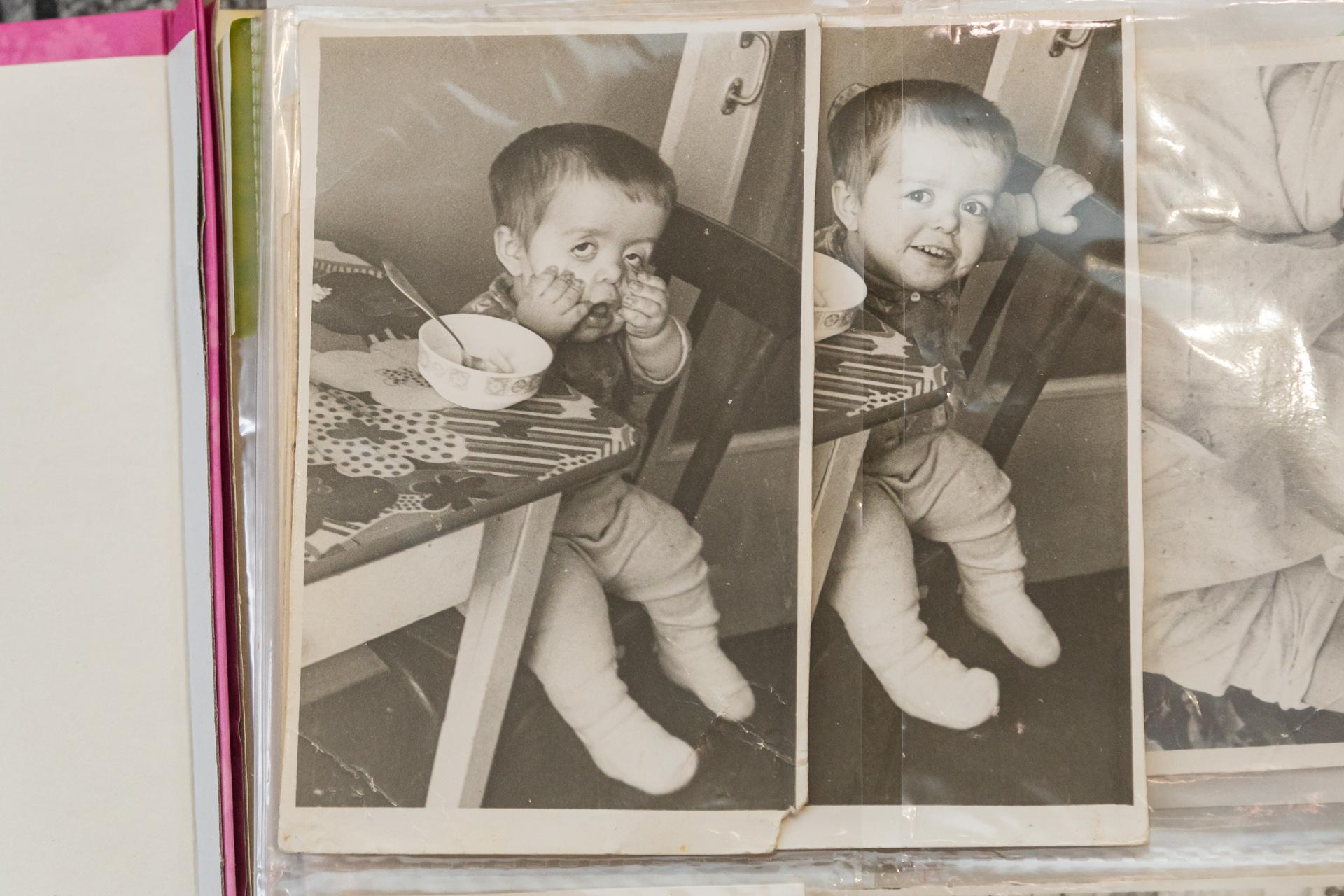 Отец очень любил фотографировать маленького Алексея