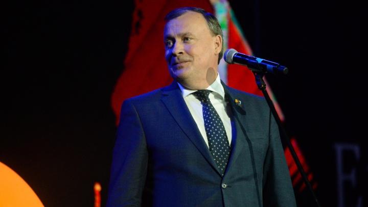 Успел за день до закрытия: Алексей Орлов подал документы на пост мэра Екатеринбурга