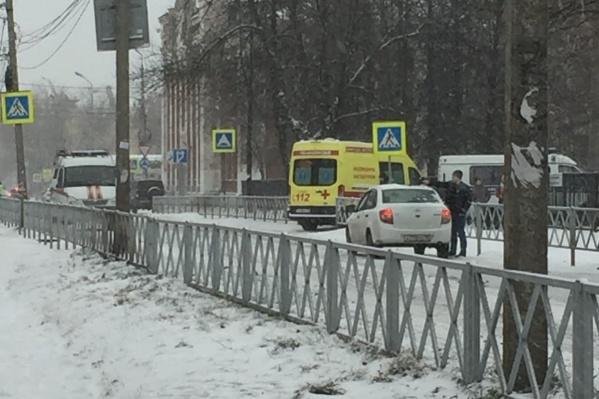 Улицу перекрыли днем 25 декабря