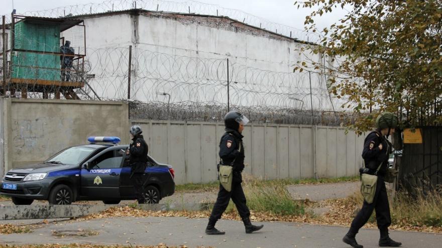 Омского заключенного снова будут судить за бунт в ИК-6