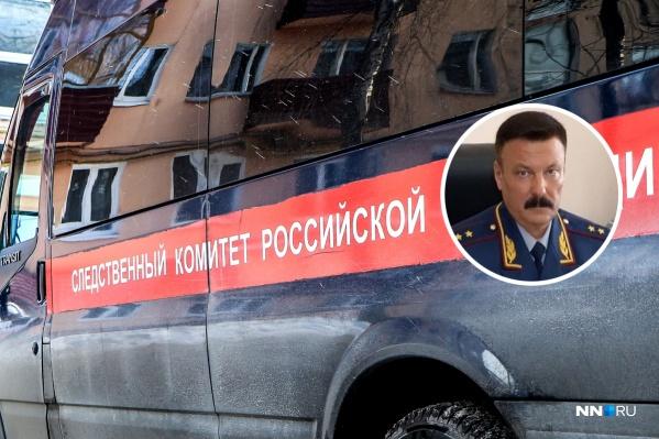 Теущаков возглавлял Управление ФСИН по Нижегородской области в течение пяти лет и ушел в отставку после скандалов, связанных с его заместителями