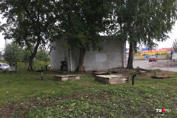 Погреба в Тюмени можно встретить в любом районе города