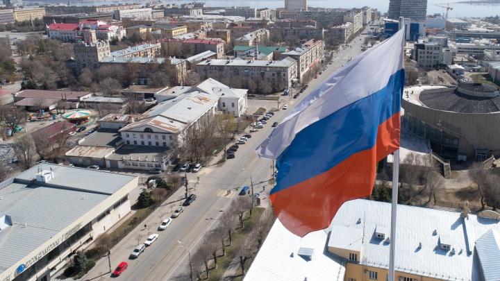 Губернатор анонсировал новые ограничения в Волгоградской области из-за коронавируса