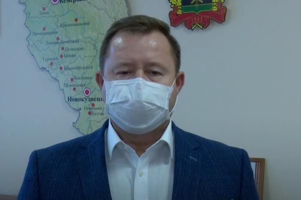 Михаил Малин сказал, что жители Кузбасса скупили двухмесячный запас антибиотиков за неделю