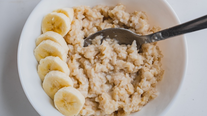 Плохой выбор для завтрака: всё, что вы не хотели знать об овсянке