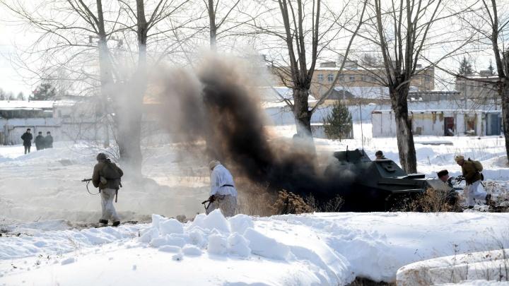 Дошло до рукопашной схватки: под Екатеринбургом реконструировали февральскиебои на Украине 1944-го