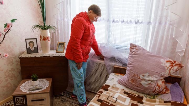 «А платить будем по полной»: в Волгограде в своих квартирах замерзают жители пятиэтажки