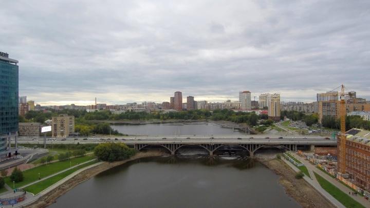 Три месяца до сноса: разглядываем старый Макаровский мост с высоты, пока его не демонтировали