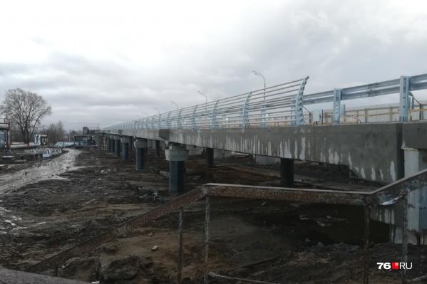Добрынинский мост обещают открыть для движения в конце апреля