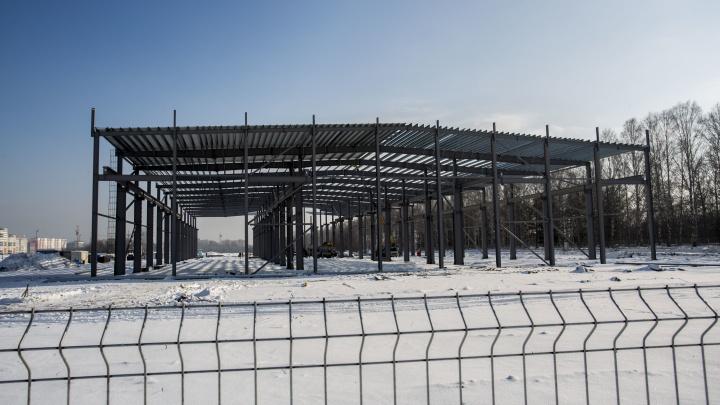 Битва за кольцо: что на самом деле строят в Краснообске, жителей которого насторожило появление странного ангара