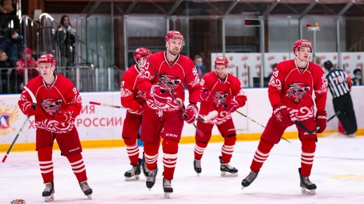 ХК «Ростов» победил в Перми и вышел на пятое место в ВХЛ
