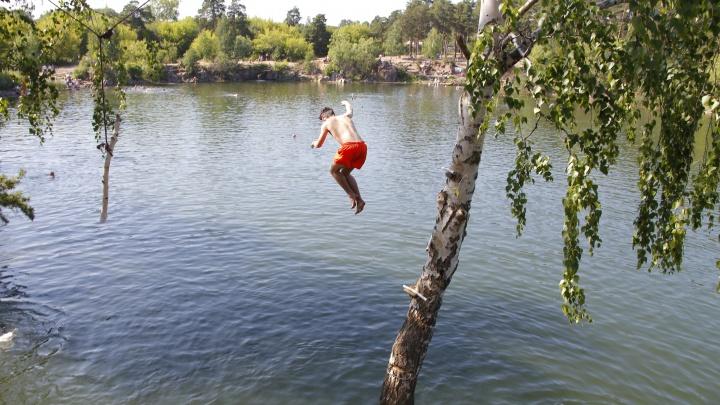 В Зауралье могут ввести штрафы за купание детей в неположенных местах
