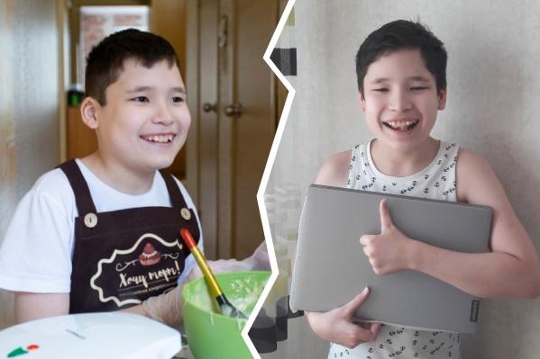 У Муратика очень непростой диагноз, но его мама делает всё, чтобы он рос самостоятельным