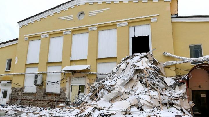 «Ему позволено всё». Нижегородский бизнесмен Багдасарян сносит Мытный рынок для строительства ТЦ