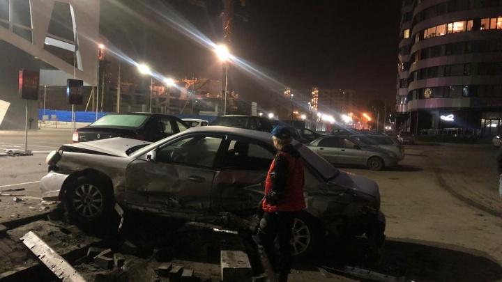 Владелица автомобиля Hyundai, пострадавшего у цирка: «Машину таранил мой муж»