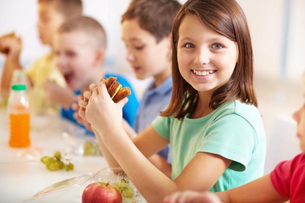 Оплата школьных обедов для родителей становится более удобной