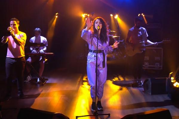 «АлоэВера» представила свой сингл «Чтобыцеловаться»