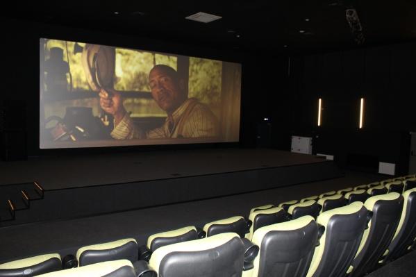 Кинотеатр в Карабашесам по себе — событие, вдобавок к этому он оборудован техникой, аналогов которой ещё нет в Челябинской области