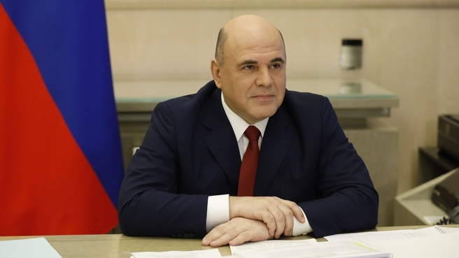 Мишустин попросил россиян не ездить в отпуск за границу