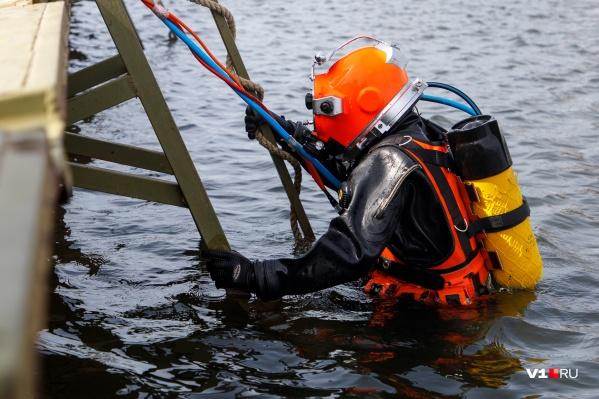 Подростка обнаружили в Волге всего в метре от берега