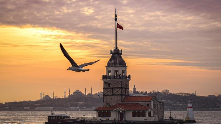ВТБ и Почта Банк отправят лучших «пиратов» Ростова в Турцию