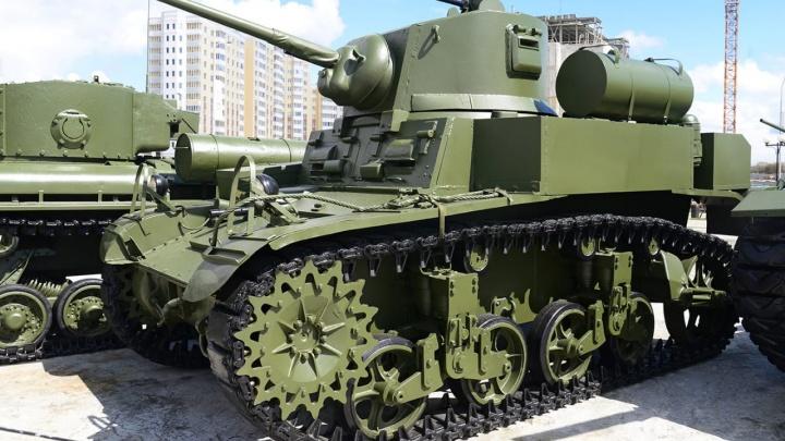 На полигон на окраине Екатеринбурга свезут танки и артустановки. Когда и где на это посмотреть