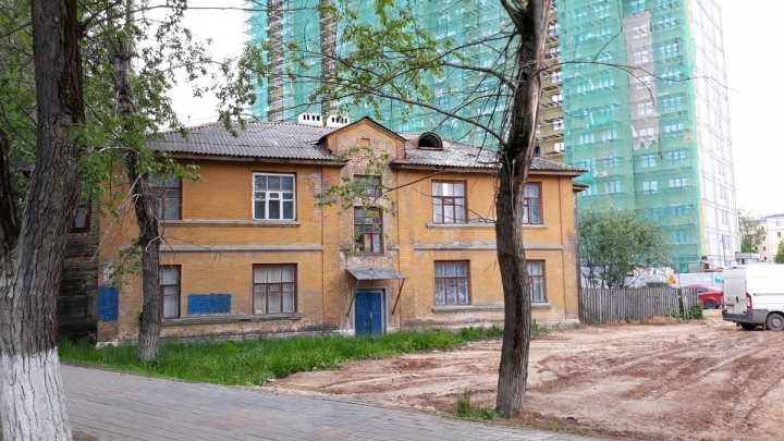 Власти выселяют нижегородцев из аварийных домов без возможности купить новое жилье