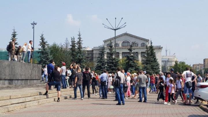 Задержанный за участие в митинге в поддержку Хабаровска красноярец объявил голодовку