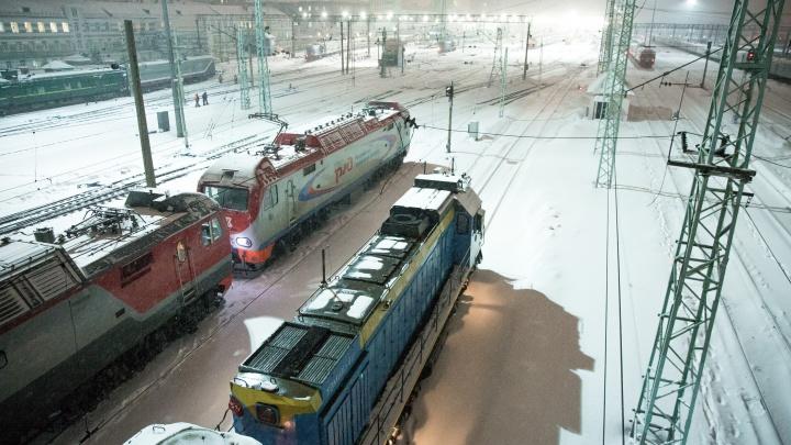 Лишился обеих ног: мужчина погиб на путях вокзала Новосибирск-Главный