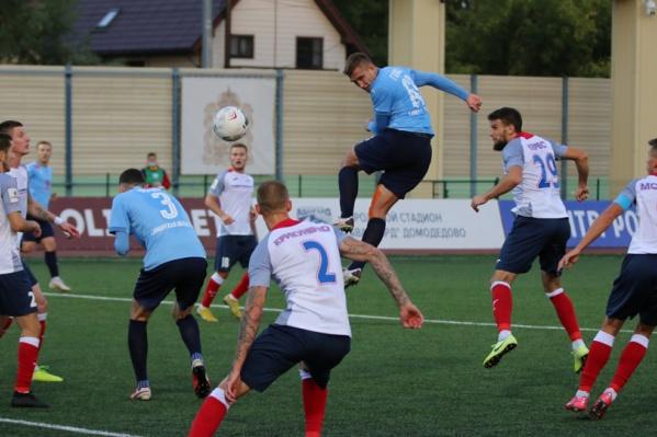 Самарские футболисты забили в ворота своих оппонентов 4 мяча