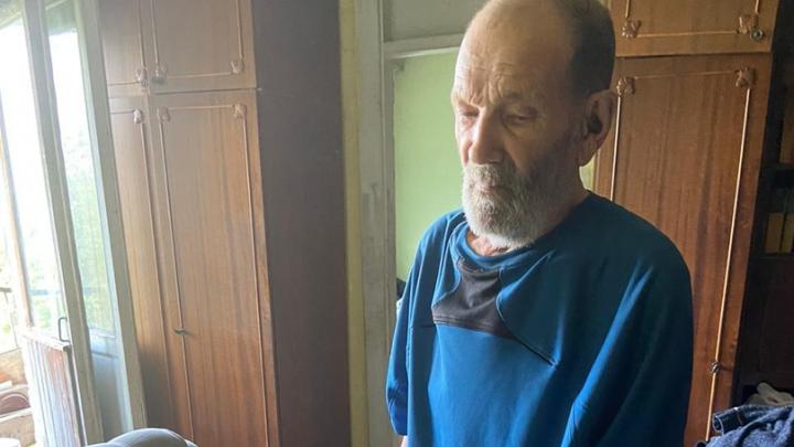 «Помогите, нужна скорая»: в уфимской квартире нашли умирающего дедушку. При нем была записка