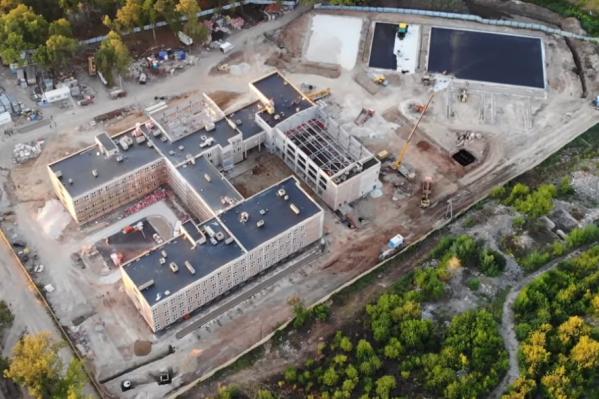 Вот как выглядят корпуса школы с высоты птичьего полета