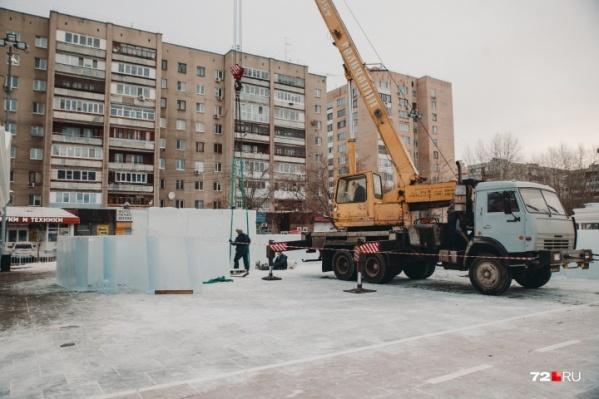 Ледовые скульптуры вы найдете и на площади 400-летия Тюмени, и на Цветном бульваре. Зачем это городу?