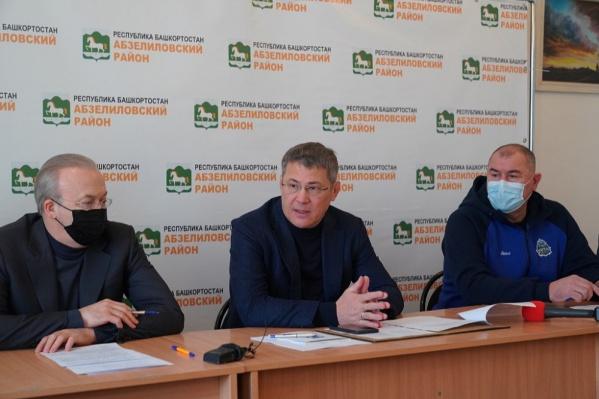 Радий Хабиров поручил отыскать родственников погибших и пострадавших в трагедии