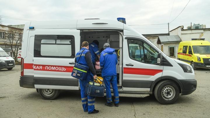 Прокуратура разберется, почему врачи скорой жалуются, что им недоплатили обещанных Путиным денег