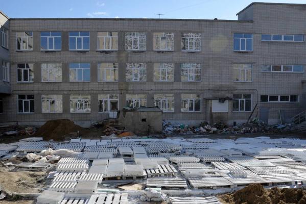 Власти Кургана торопят подрядчика с ремонтом школы № 11