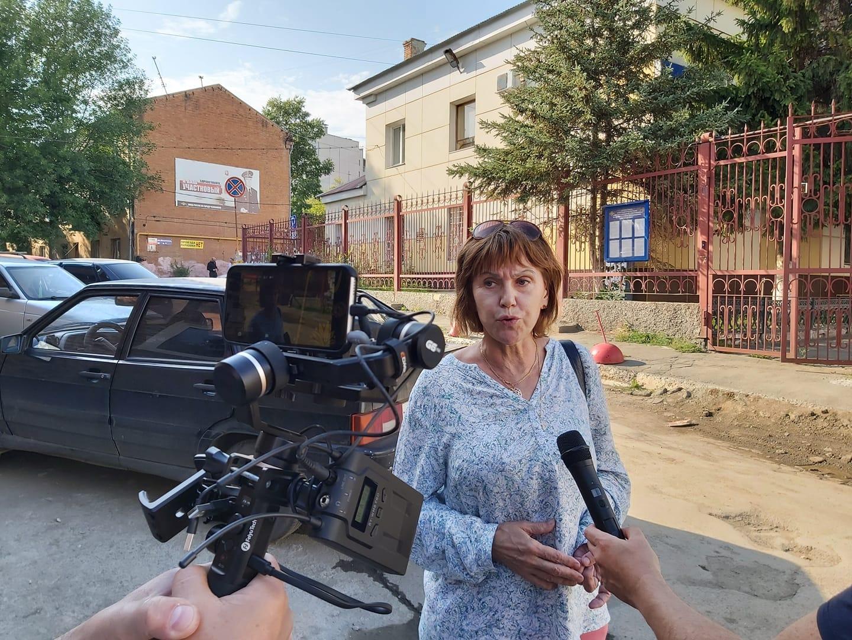 Эта женщина, по словам Ибрагимова, была в числе задержанных за участие в митинге