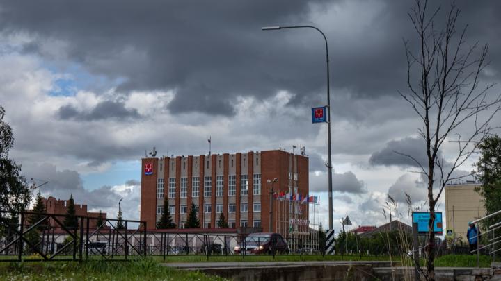 В НАО управляющую ресторанно-гостиничным комплексом обвинили в подкупе работника контрактной службы