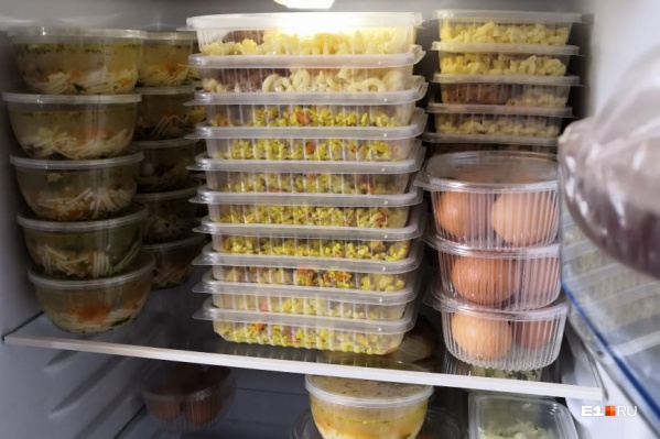 Сегодня обеды получили в больницах и на одной из подстанций