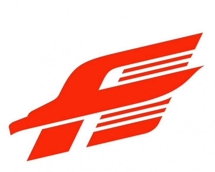 Знаменитая литера «А» появилась в 1998 году. Тогда же был создан бренд «Омские ястребы»