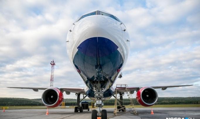 Красноярец устроил дебош на борту самолета из Владивостока