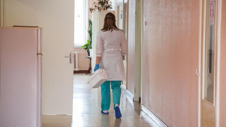 «Работает в штатном режиме»: с отделения терапии в больнице № 7 в Архангельске снят карантин