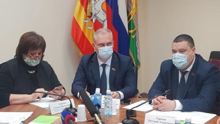 Депутаты гордумы Челябинска отчитались о доходах за год. Рассказываем, кто заработал более 220 млн