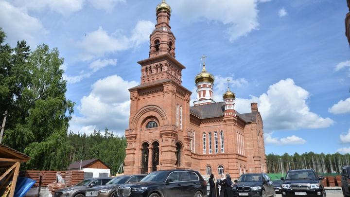 Следователи проверят Среднеуральский женский монастырь после смерти ребенка