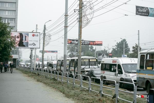 Челябинцы почти каждый год сталкиваются с проблемами в работе маршруток во время праздника Курбан-байрам