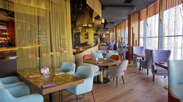 В Ярославле массово ищут шеф-поваров, управляющих ресторанов и официантов. Топ вакансий