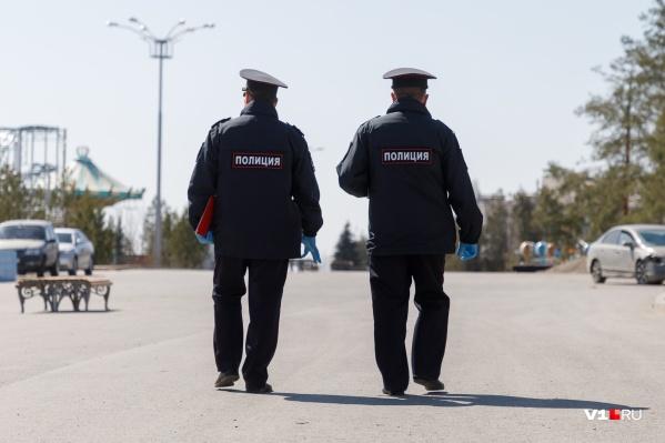 Ни в МВД, ни в оперштабе региона не могут сказать, сколько полицейских заразилось коронавирусом