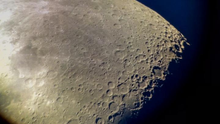 Луна закроет Марс, а день станет равен ночи. Рассказываем об астрономических событиях марта